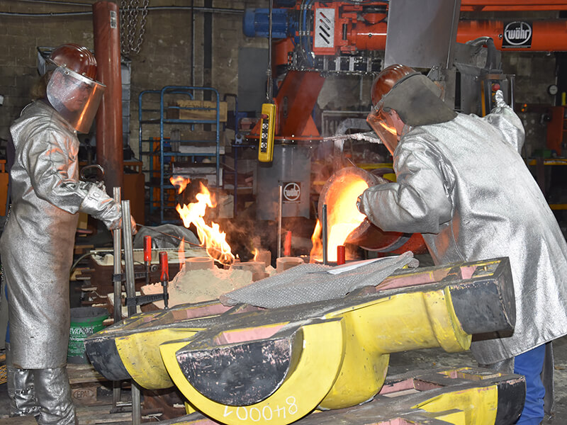 Exkursion_in_die_Metallverarbeitungsfabrik.JPG