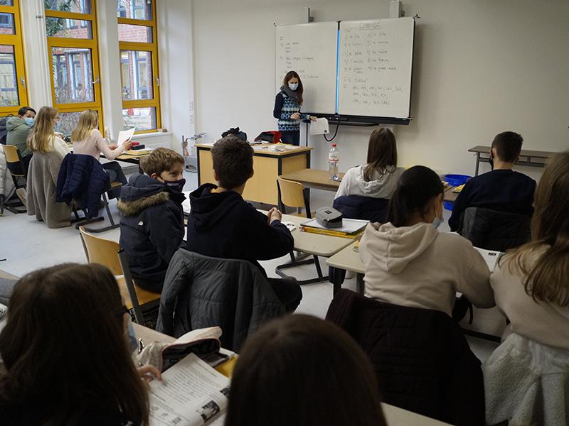 Französischunterricht_in_Klasse_7__3_.JPG