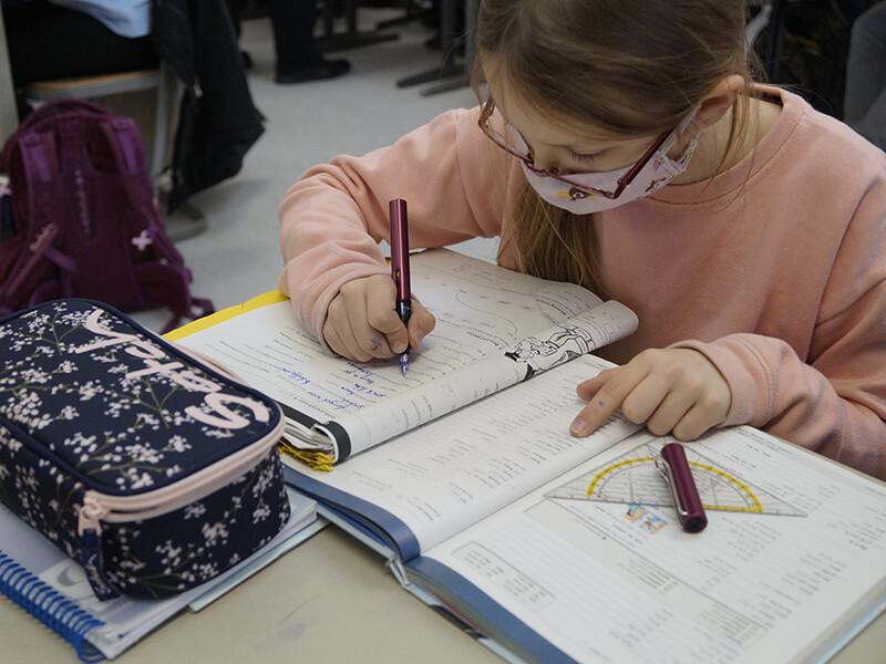 Mathematikunterricht_in_Klasse_5__1_.JPG
