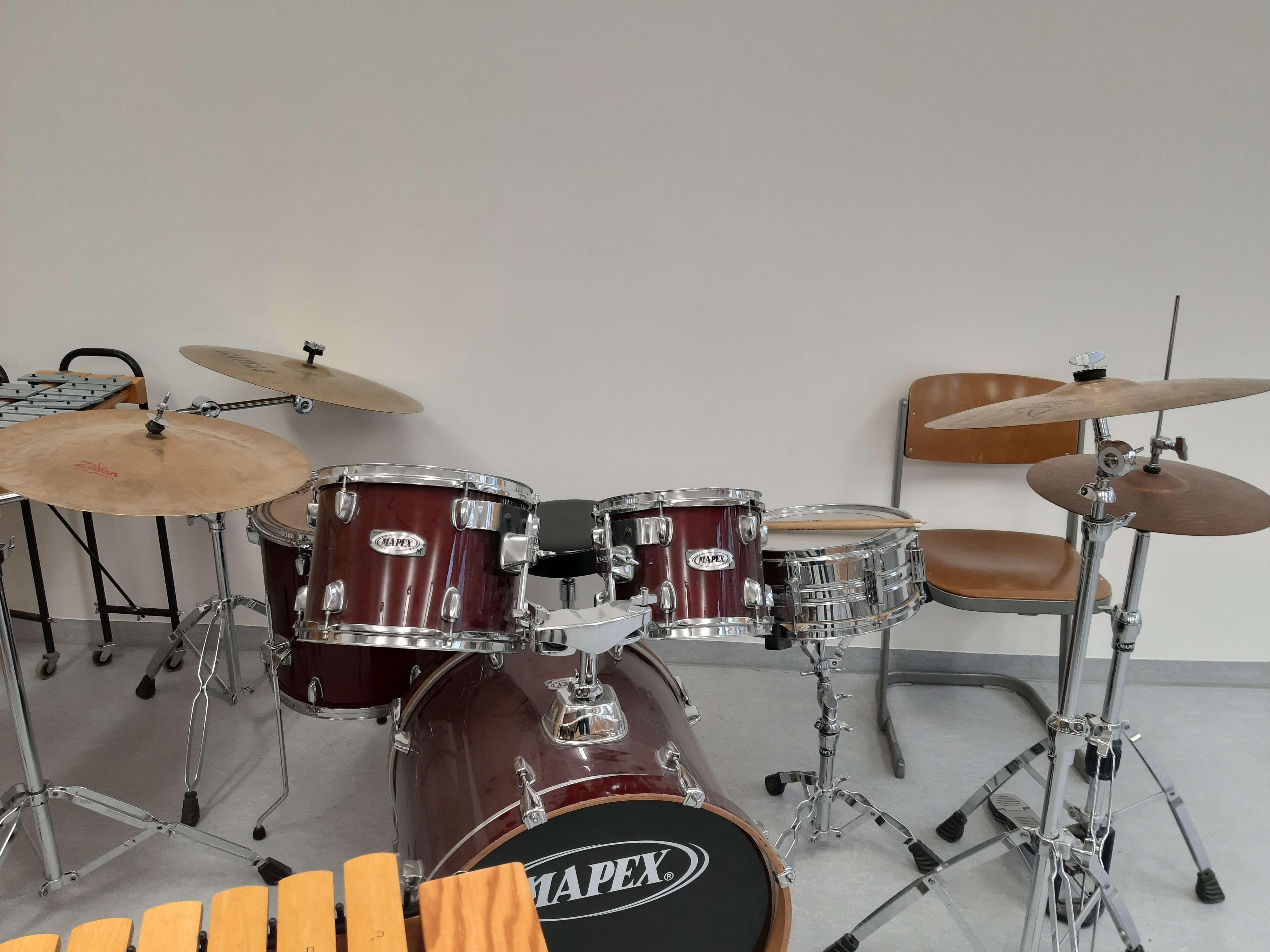 Schlagzeug.jpg?auto=compress,format&colorquant=1600
