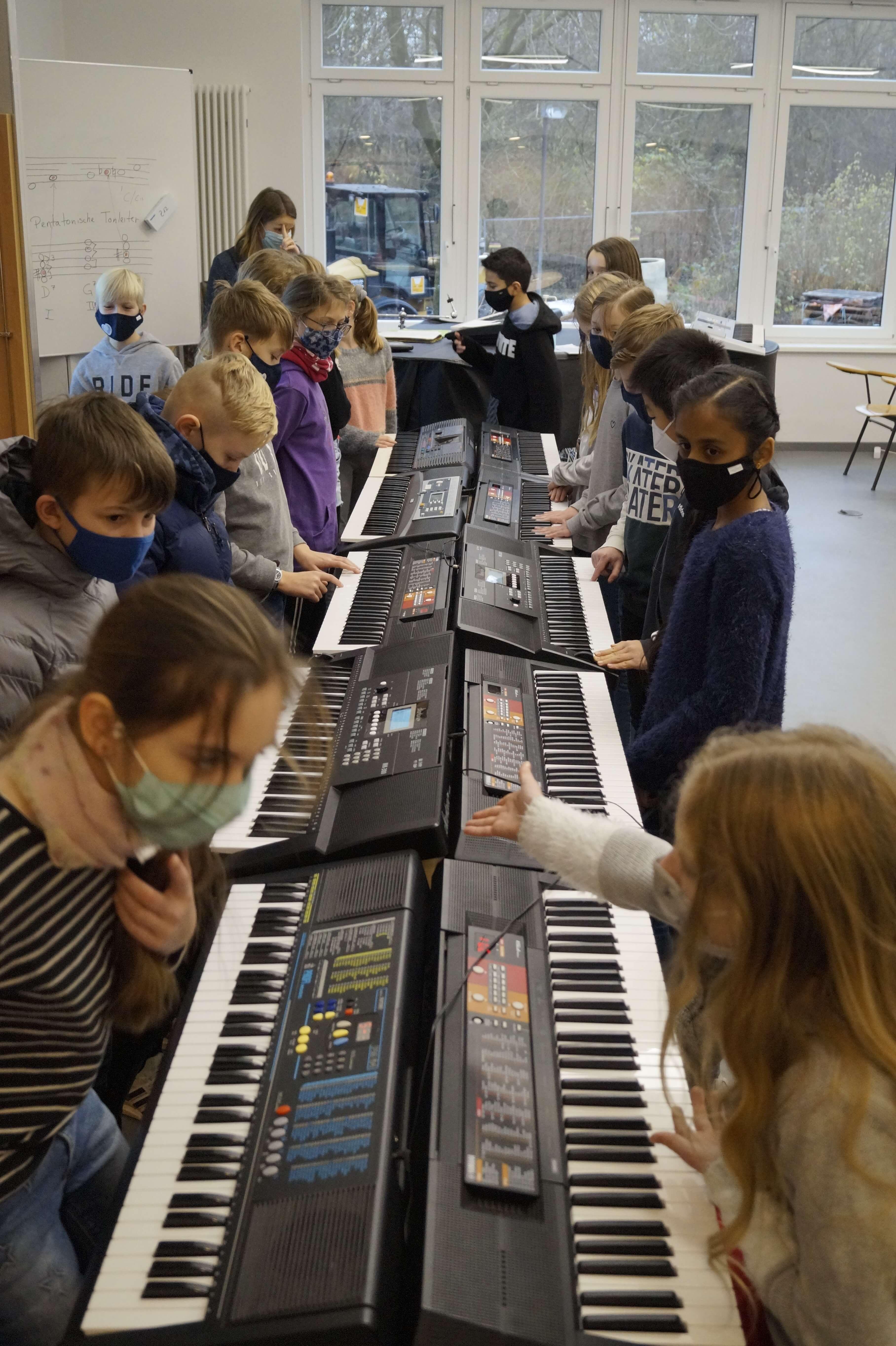 Musikunterricht_in_Klasse_5__7_.JPG