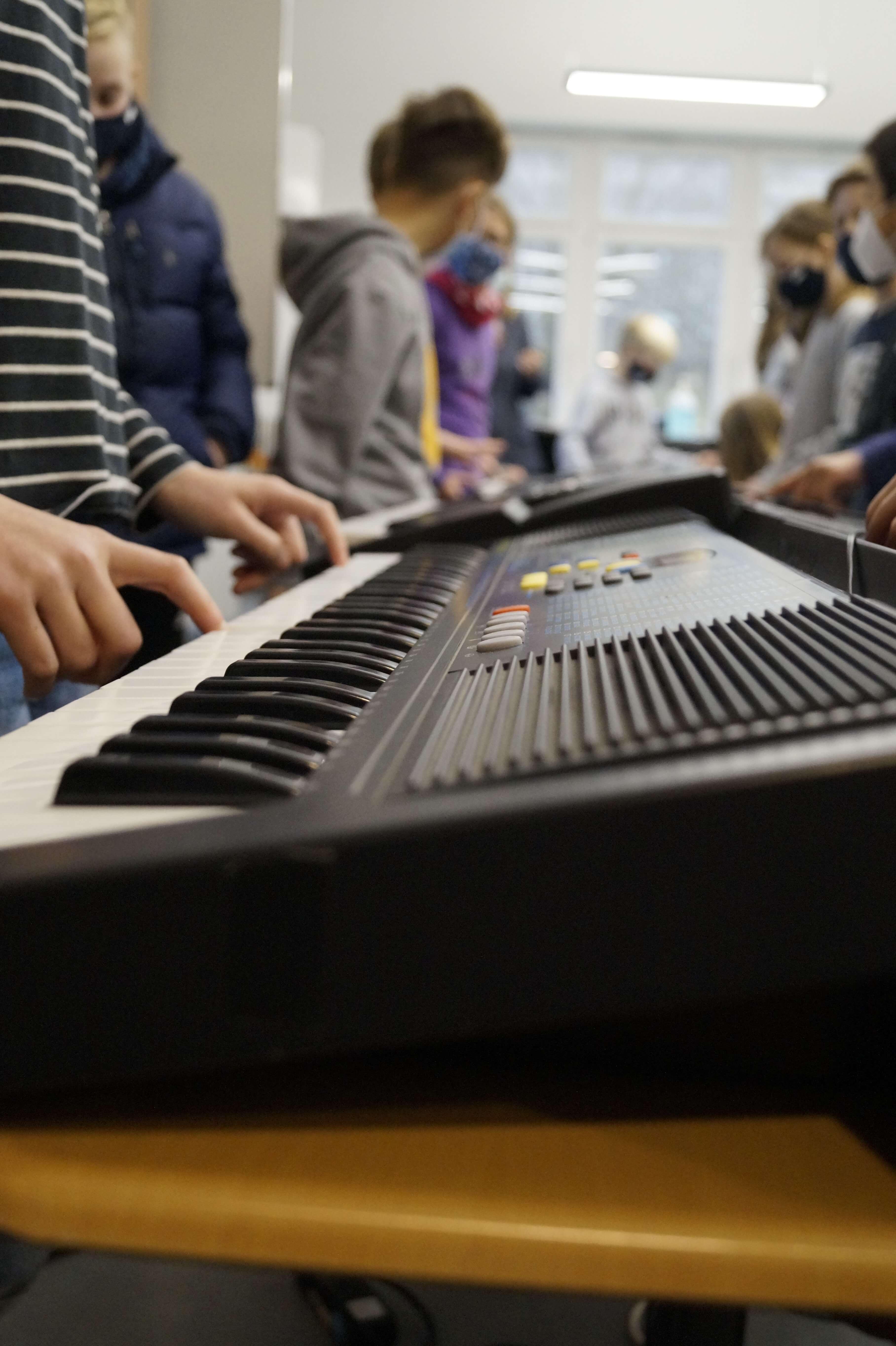 Musikunterricht_in_Klasse_5__8_.JPG
