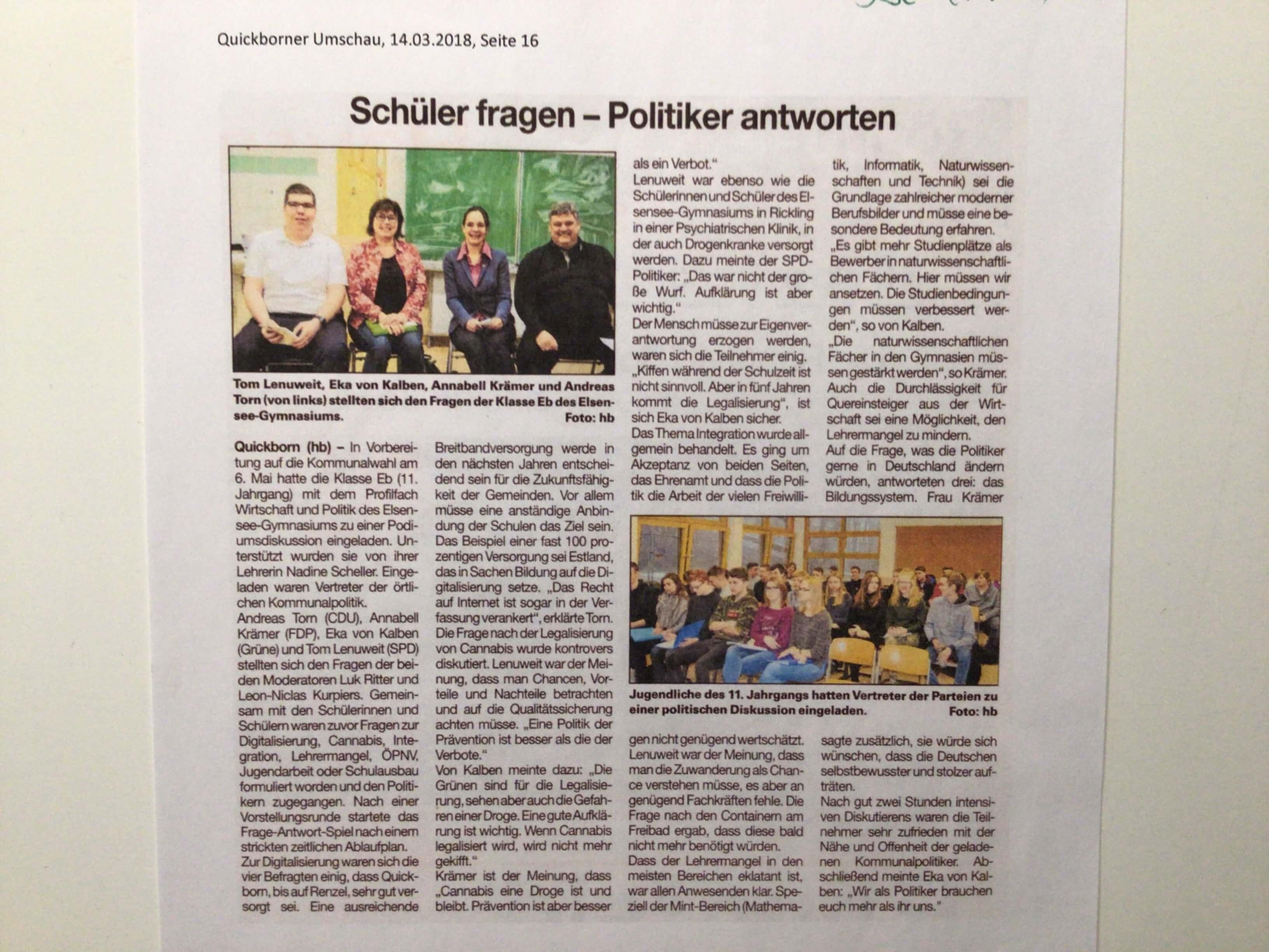 Schueler_fragen_Politiker.jpeg